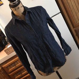 Uniqlo casual denim button down shirt size XS